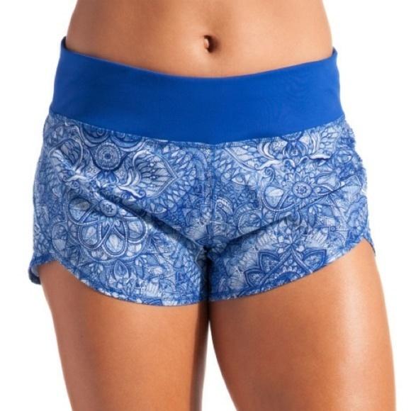 CALIA by Carrie Underwood Pants - Calia Blue Journey Flutter Shorts, Size M